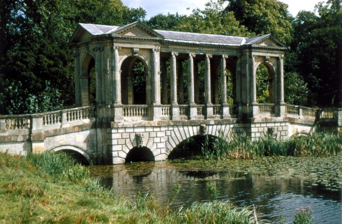 Palladian Bridge, Stowe, Buckinghamshire,  photograph by Bernard Hugh Cox. Bernard Cox / RIBA Library Photographs Collection